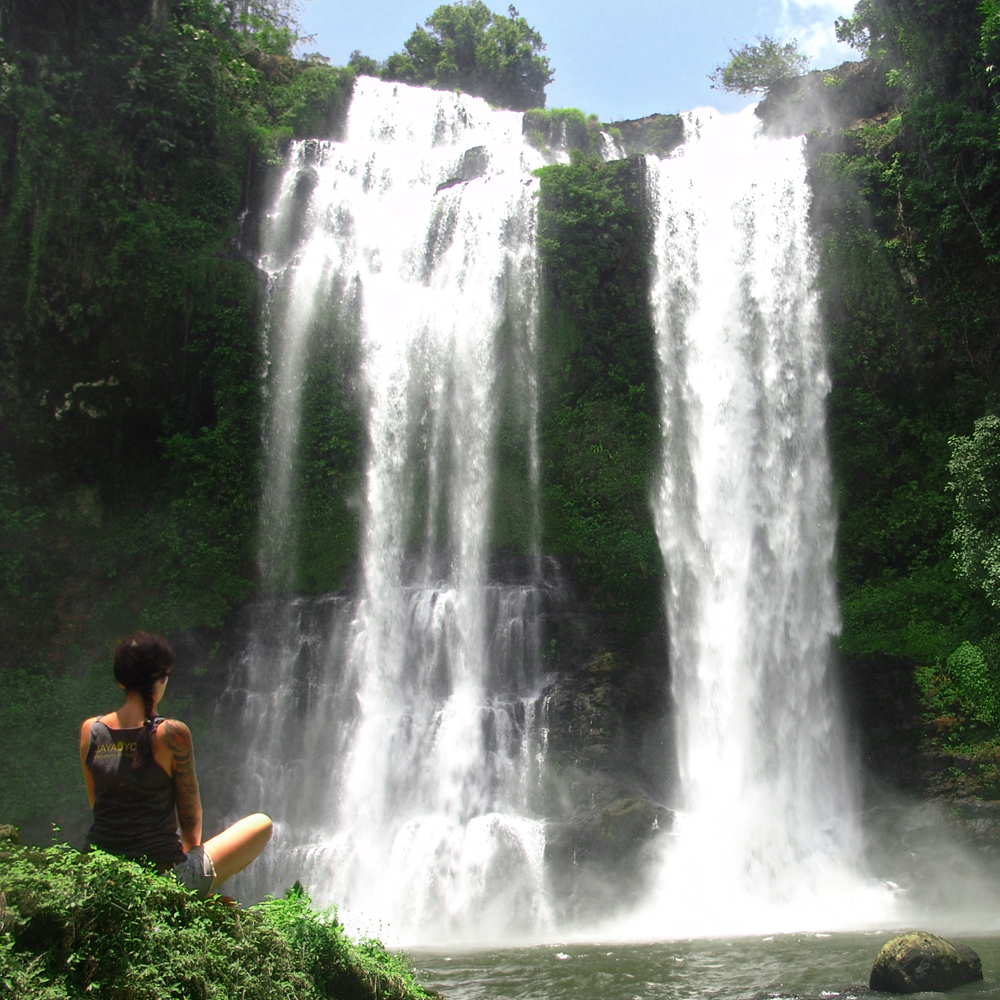 bolaven-waterfall