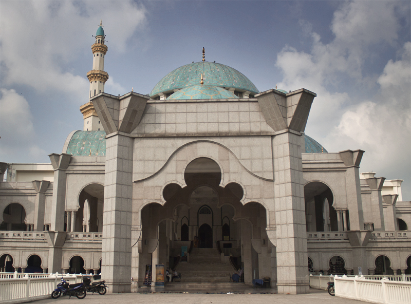 2wilayah-mosque