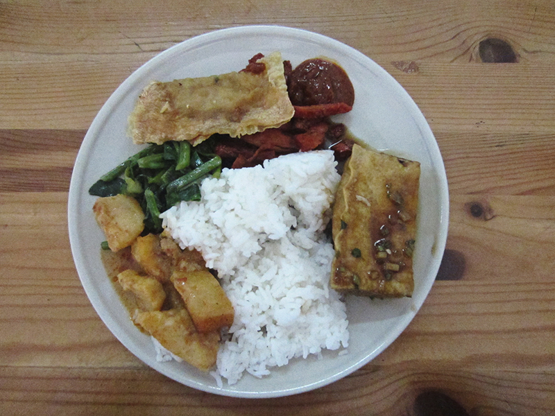 Selection from the vegan buffet at Hui Yuan Vegetarian Restaurant in Malacca (Melaka), Malaysia