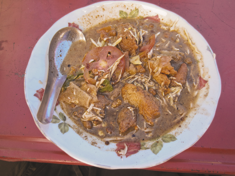 Roadside muslim stew, vegan and vegetarian food options. Yangon, Myanmar (Burma)