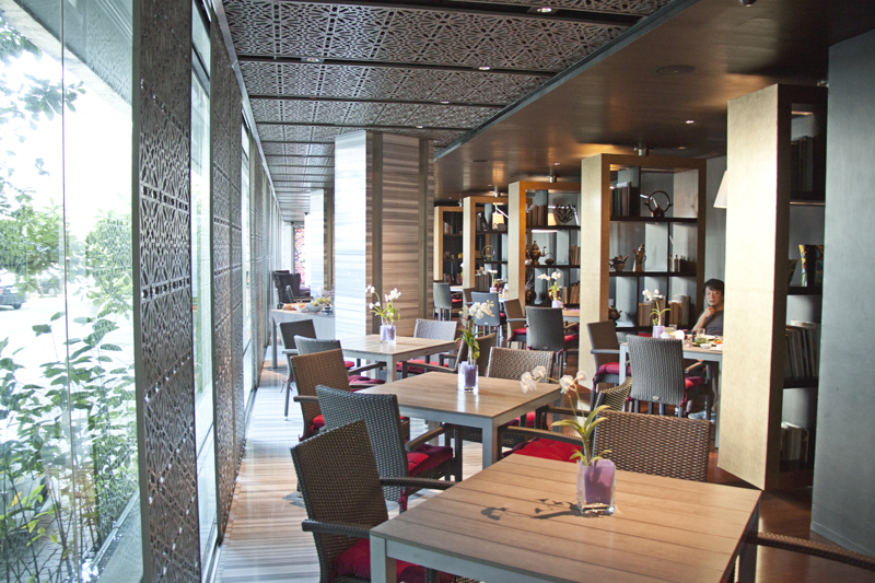 Where to Stay in Bangkok: The Maduzi Hotel. Small, affordable luxury accomodation. Designer hotel Bangkok