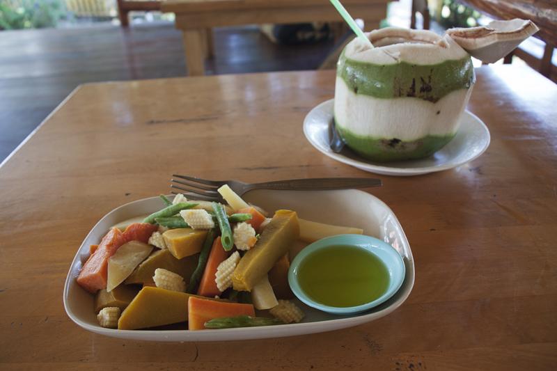 Vegan food guide of Koh Phangan, Thailand. Agama yoga.