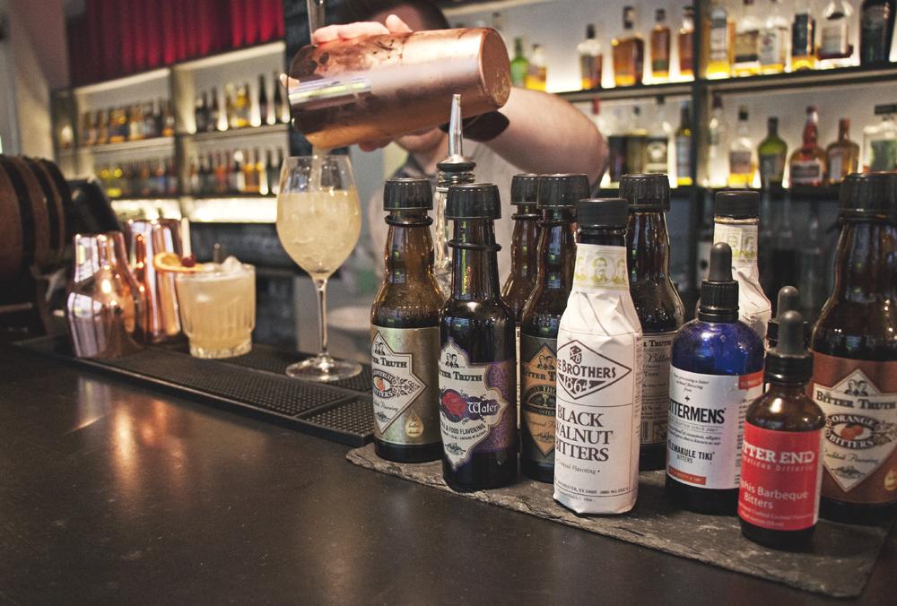 hlemmur square reykjavik cocktail bar