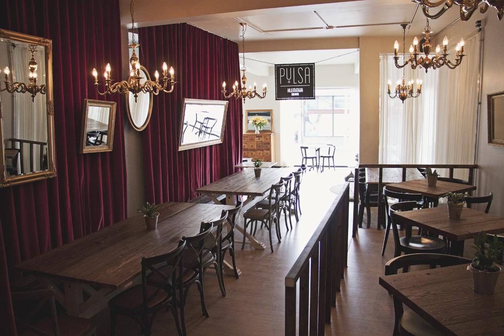 pylsa pulsa sausage restaurant reykjavik