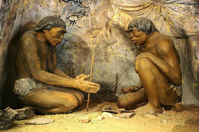 640px-Diorama,_cavemen_-_National_Museum_of_Mongolian_History