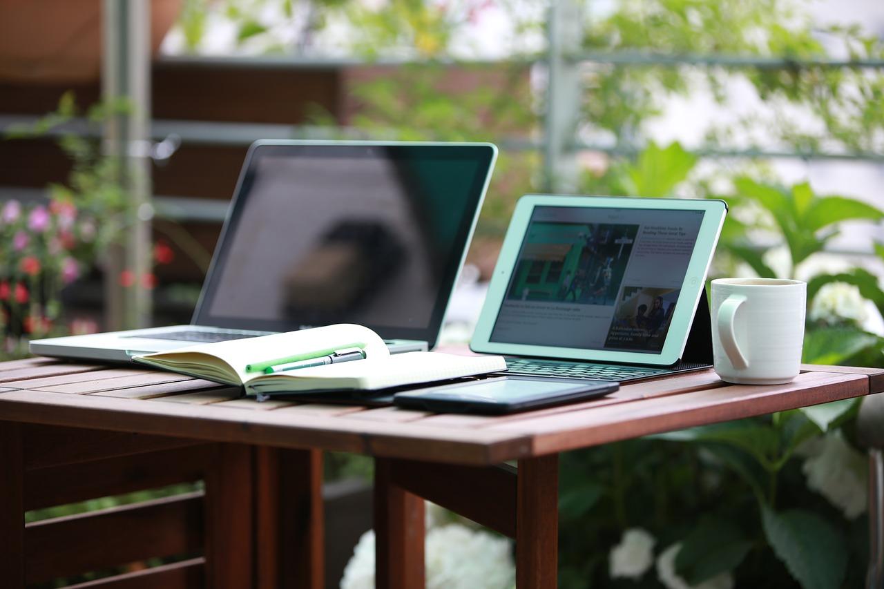 notebook-1757220_1280